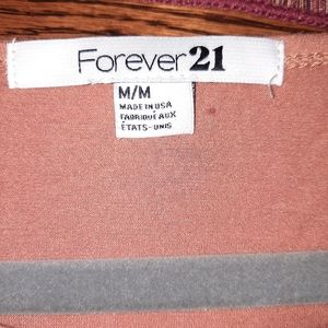 Forever 21 Tops - Forever 21 Women's  Capped Sleeved Crop Top